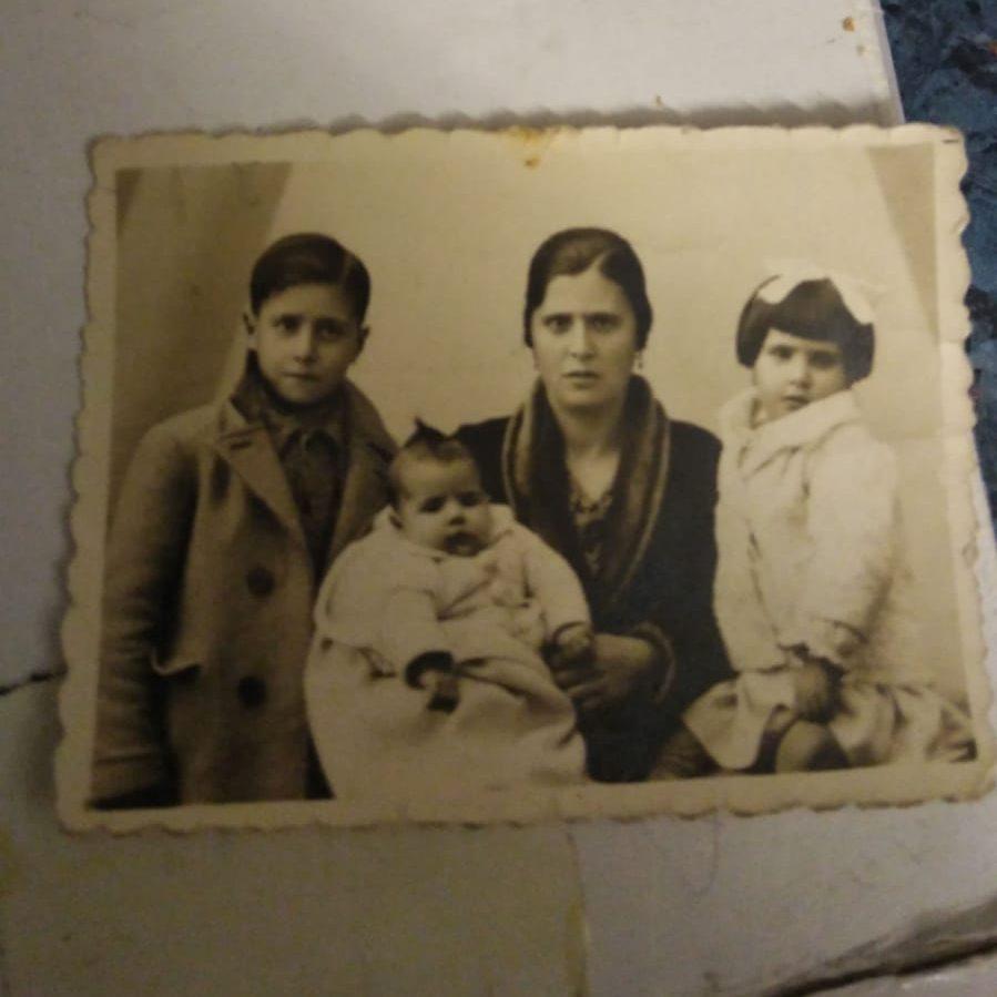 Fotografía de la abuela de Luis S. Fernández